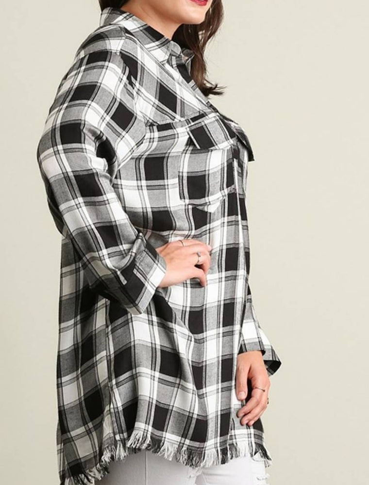 Plus size plaid fringed bottom shirt