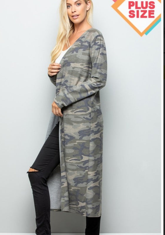 Plus size camo cardigan