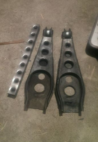 Holden Commodore Dimple Rear Lower Trailing Arm Gussets VB VC VH VK VL VP VN VS