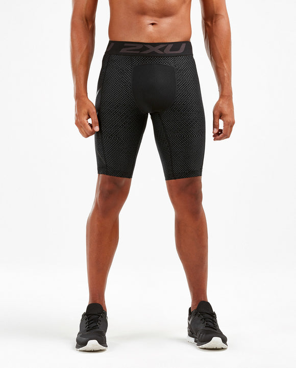 PRINT ACCELERATE COMPRESSION SHORTS