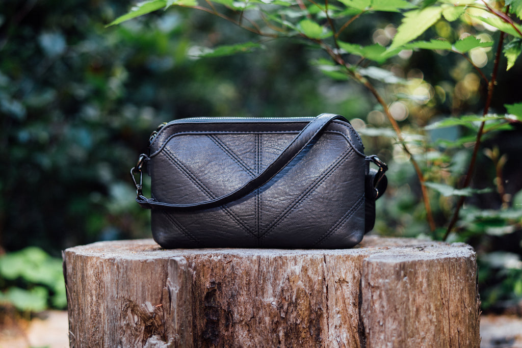 The Essential Vegan Clutch in Slate Grey
