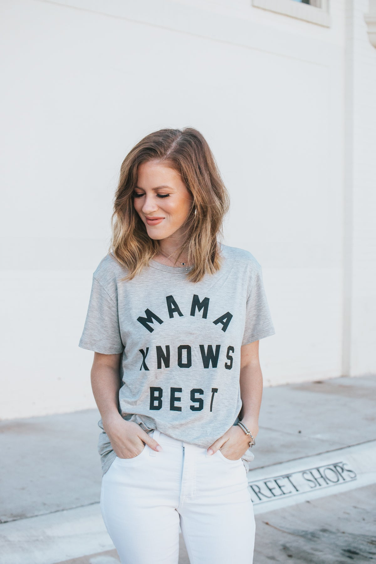 Mama Knows Best Tee - H. Grey