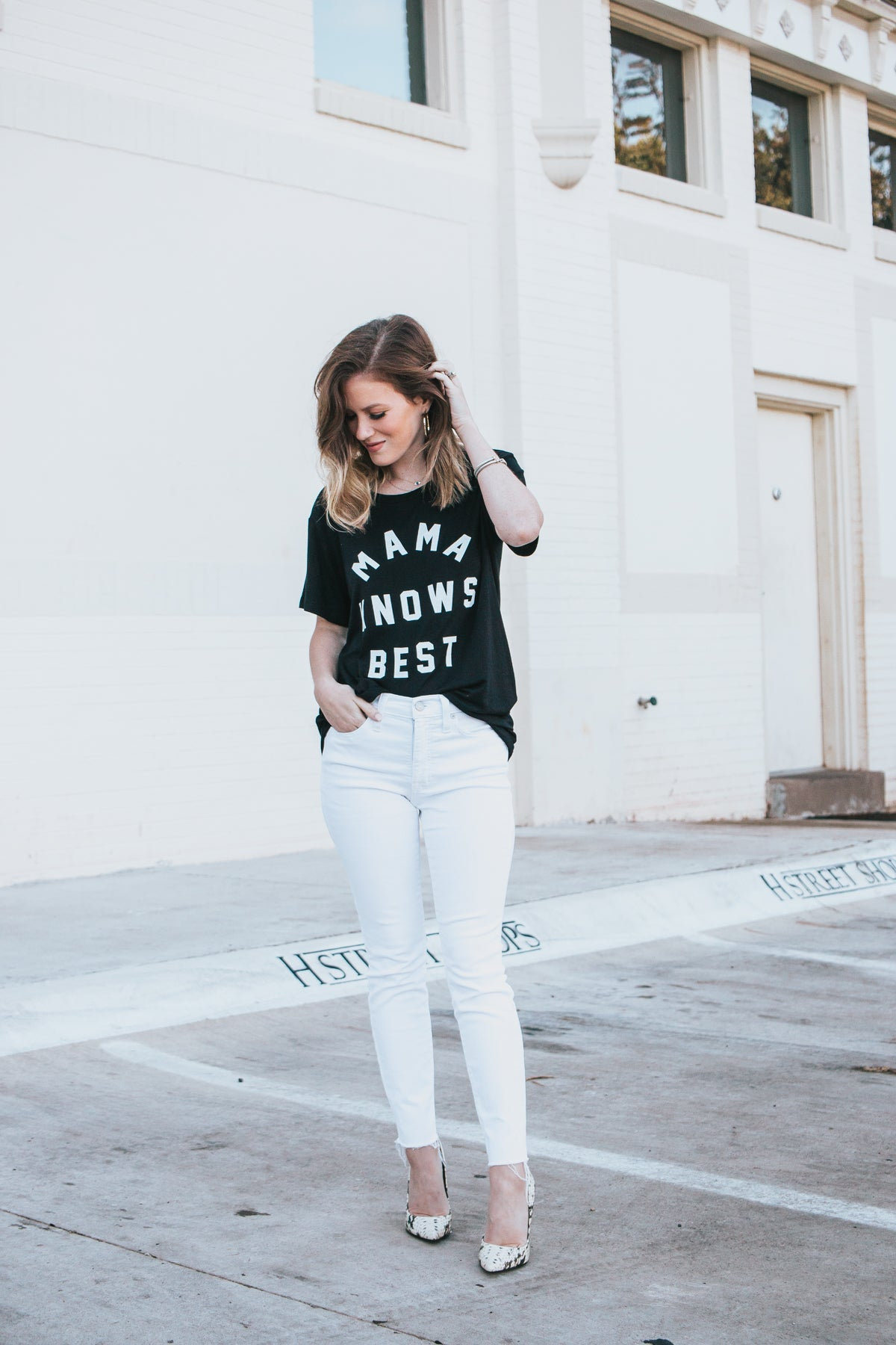 Mama Knows Best Tee - Black