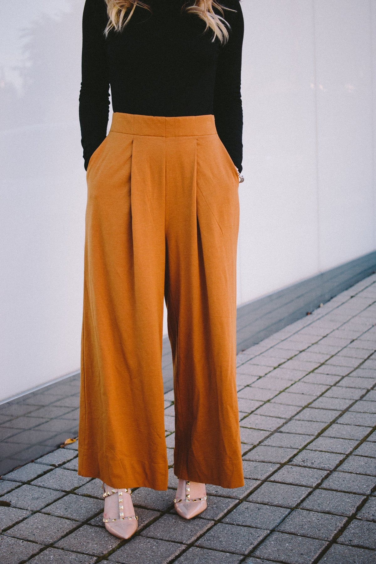 On The East Side Trousers - Camel