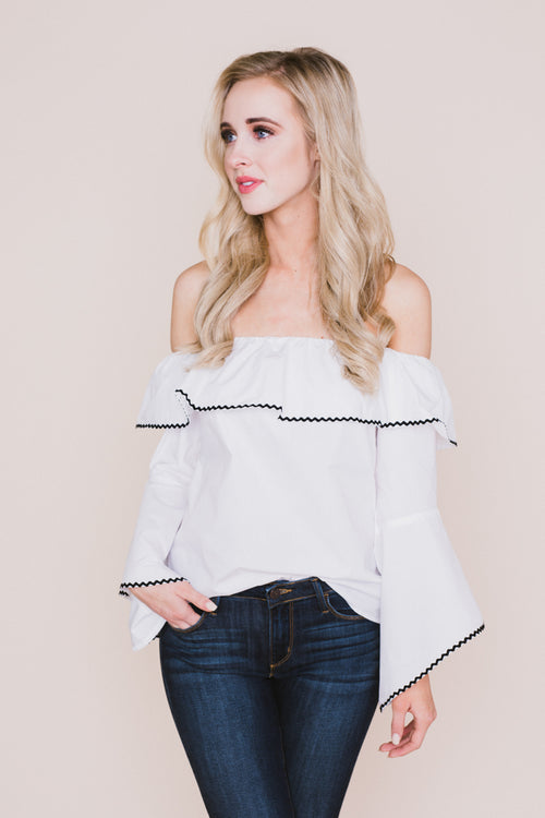Dede Off The Shoulder Bell Sleeve Top