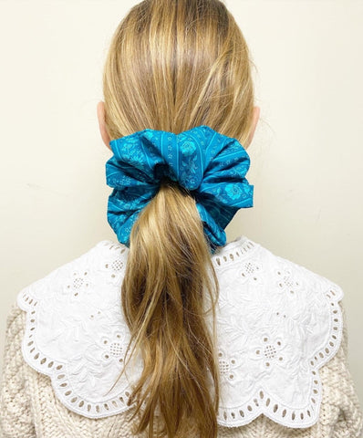 JUMBO SCRUNCHIE with VINTAGE FABRIC TEAL FLORAL CHINTZ PRINT Collaboration with Sweet Dreams Stitchery