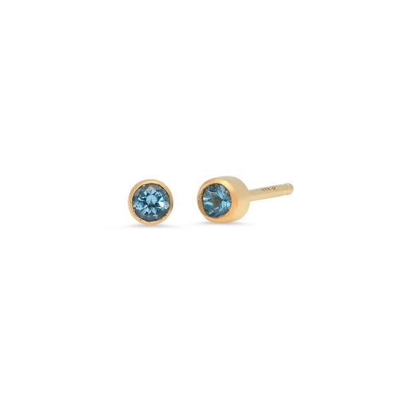 14 Karat Yellow Gold Blue Topaz Stud Earrings