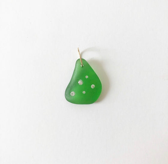 Emerald sea glass - 5 diamond