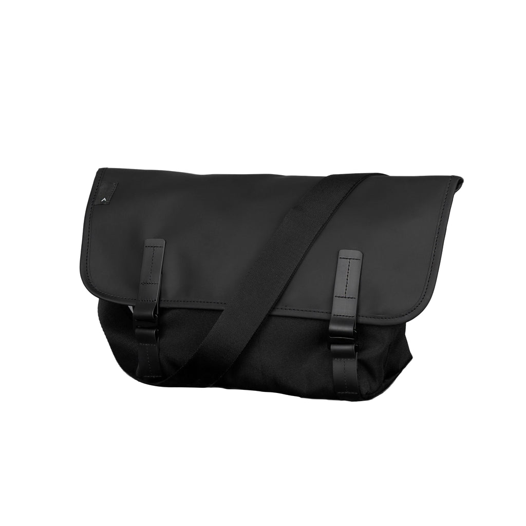 Pacer Messenger Dry Black