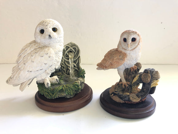 Country Artists Handmade/Painted Owls x 2 (8196)