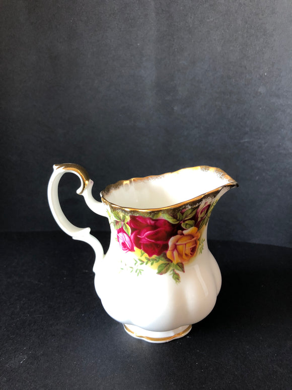Royal Albert Old Country Roses Milk Jug (8264)