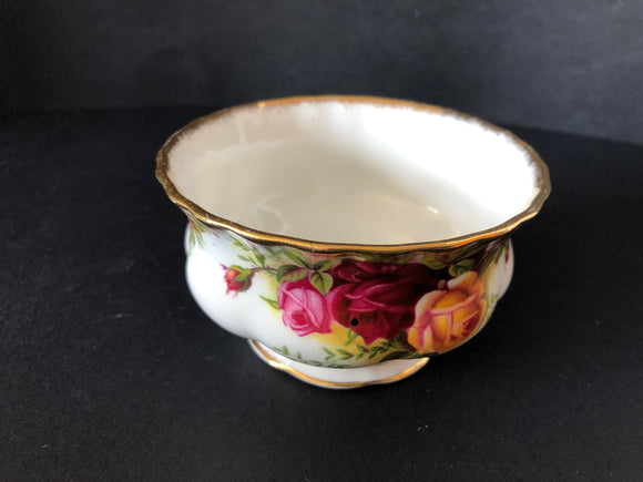Royal Albert Old Country Roses Sugar Bowl (8265)