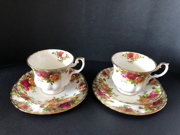 2 x Royal Albert Old Country Roses Trios (8266)