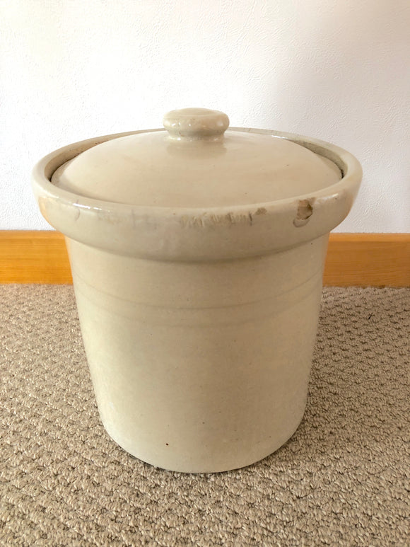 Timaru Stone Crock with Lid (8144)