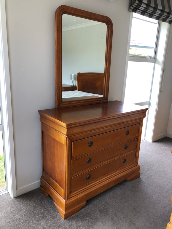 Dressing Table with 3 Drawers (8243)