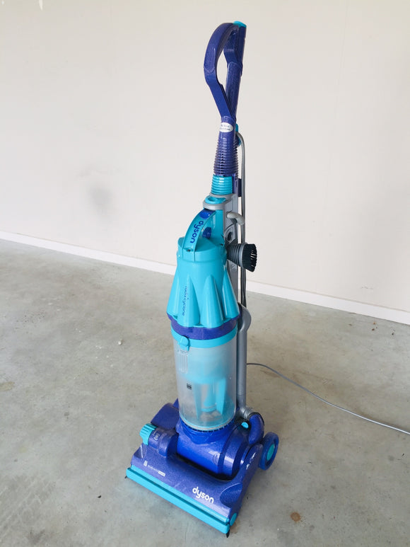 Dyson Radix Cyclone Vacuum Cleaner (ref: 6674)