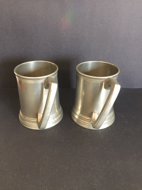 1960's 2 x Diagonal Handled Crown & Rose Tankards (ref: 6718)