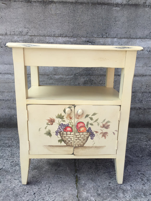 Country Style Cabinet (ref: 7337)