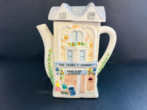 Collectable Teapot: The Crown & Anchor (7533)