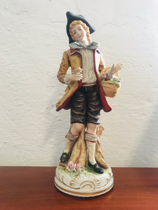 Vintage Colonial Young Man Figurine(8473)