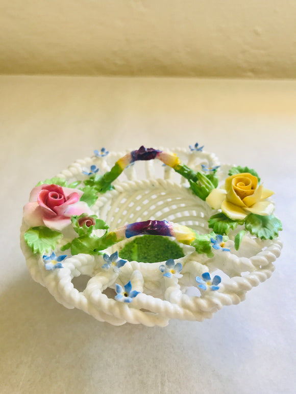 Denton China Lattice Basket & Flowers (8464)