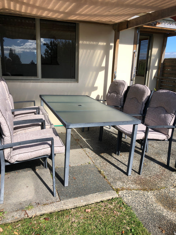 Outdoor 6-Seater Dining Set (8878)