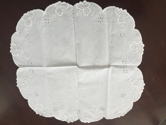 Antique Linen Side-Tablecloth (8558)