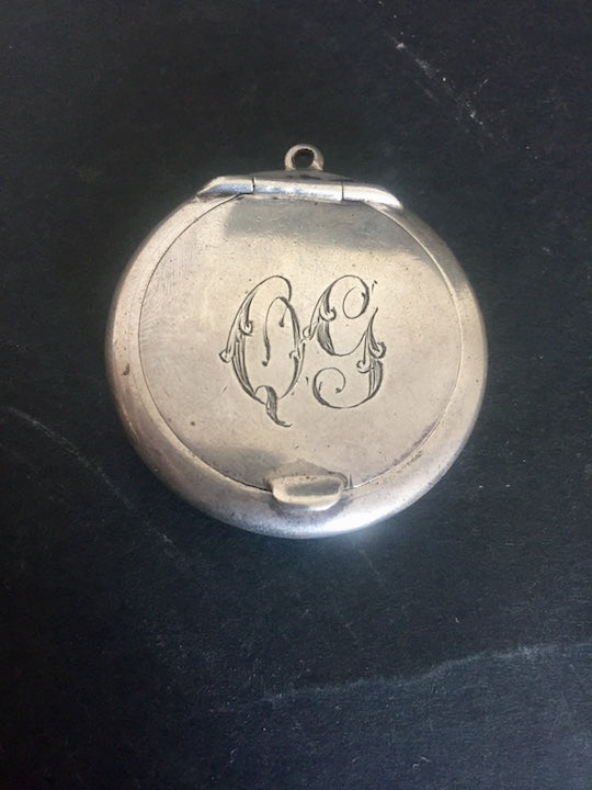 Antique Silver Pill Box Locket 'QG' (ref: 5667)
