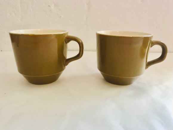 2 x Crown Lynn Cups (8662)