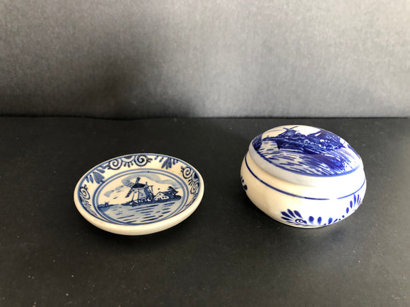 2 x Delft Blue Items