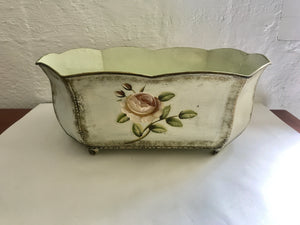 Small Vintage Rose Tin Container (ref: 7236)