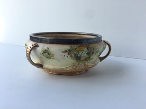c.1913 Hand Painted S.F. & Co Bowl with 3 small Gilt Handles (ref: 535)