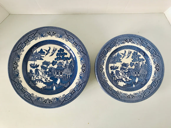 Churchill Blue Willow 8 x Plates (7592)