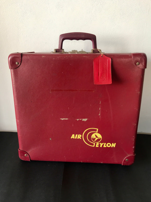 Vintage Air Ceylon Burgundy Suitcase (7764)