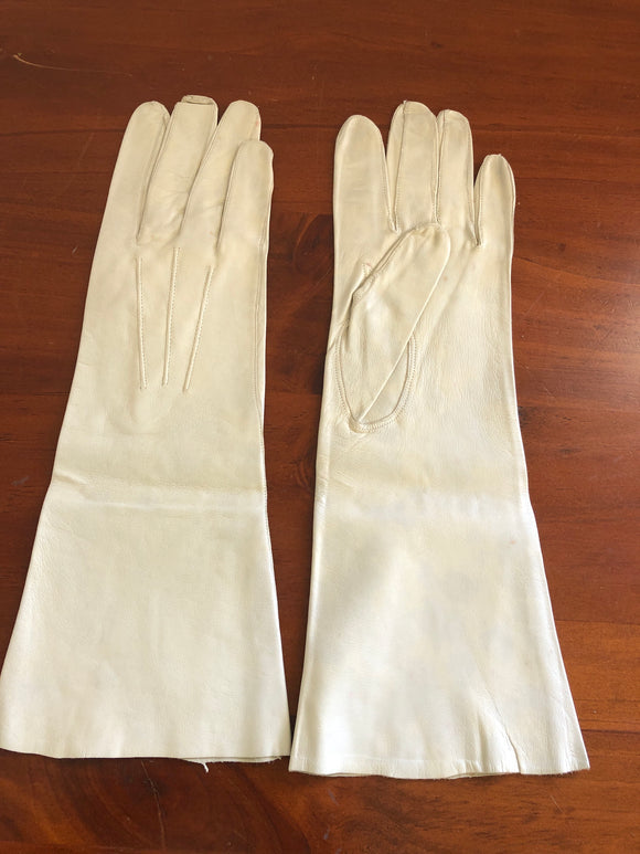 Art Deco Long Cream Kidskin Gloves (8101)