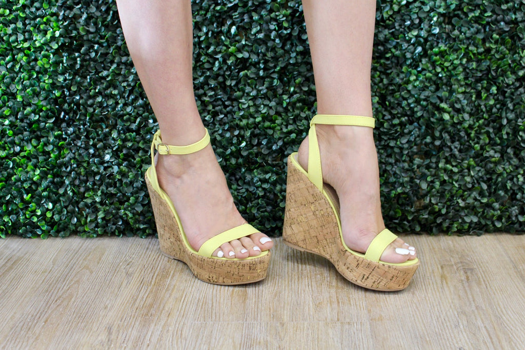 Yellow Checkmate Wedge