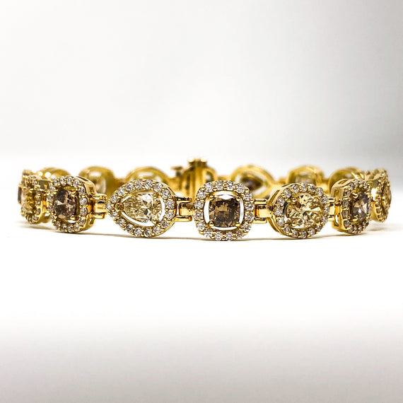 18kt Gold Fancy Color Diamond Bracelet