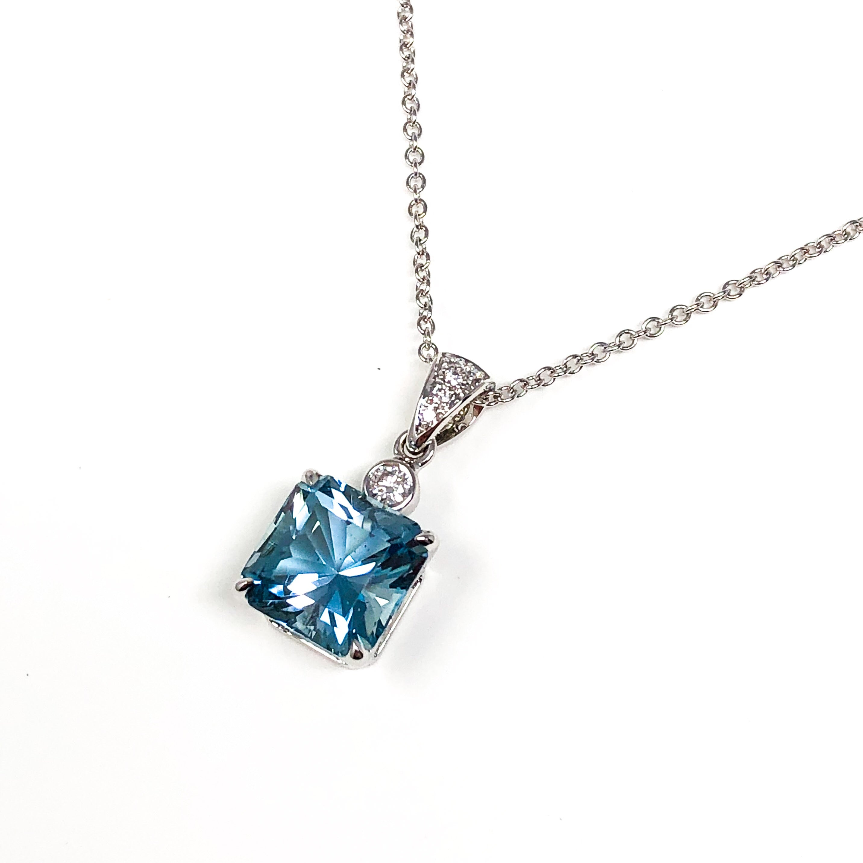 18kt White Gold Aquamarine and Diamond Pendant