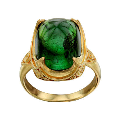 Yellow Gold and Green Tourmaline Cabochon Ring