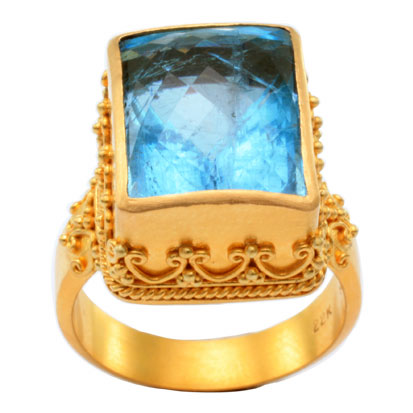 22kt Yellow Gold and Aquamarine Ring