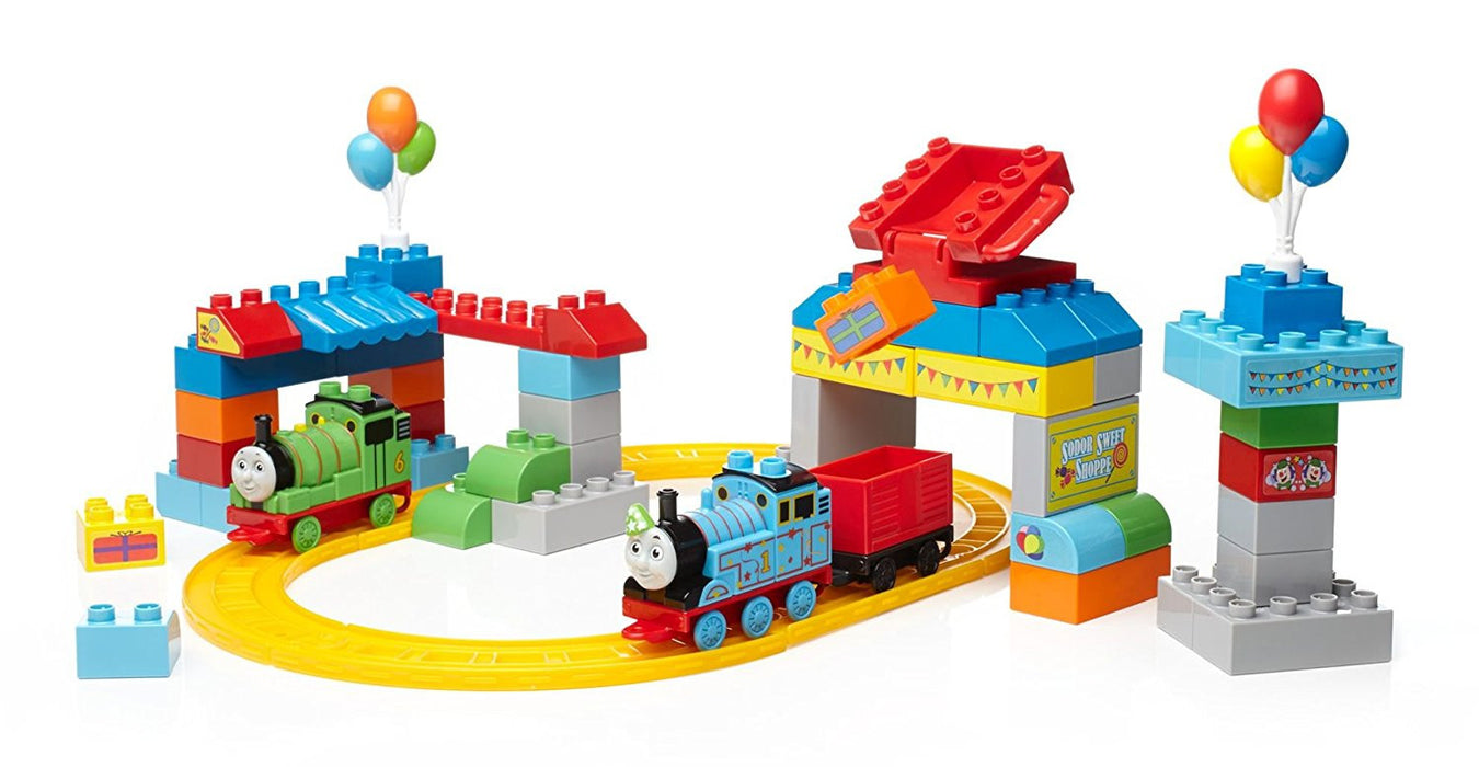 "Mega Bloks CNJ13 ""A Thomas and Friends Happy Birthday"" Playset"