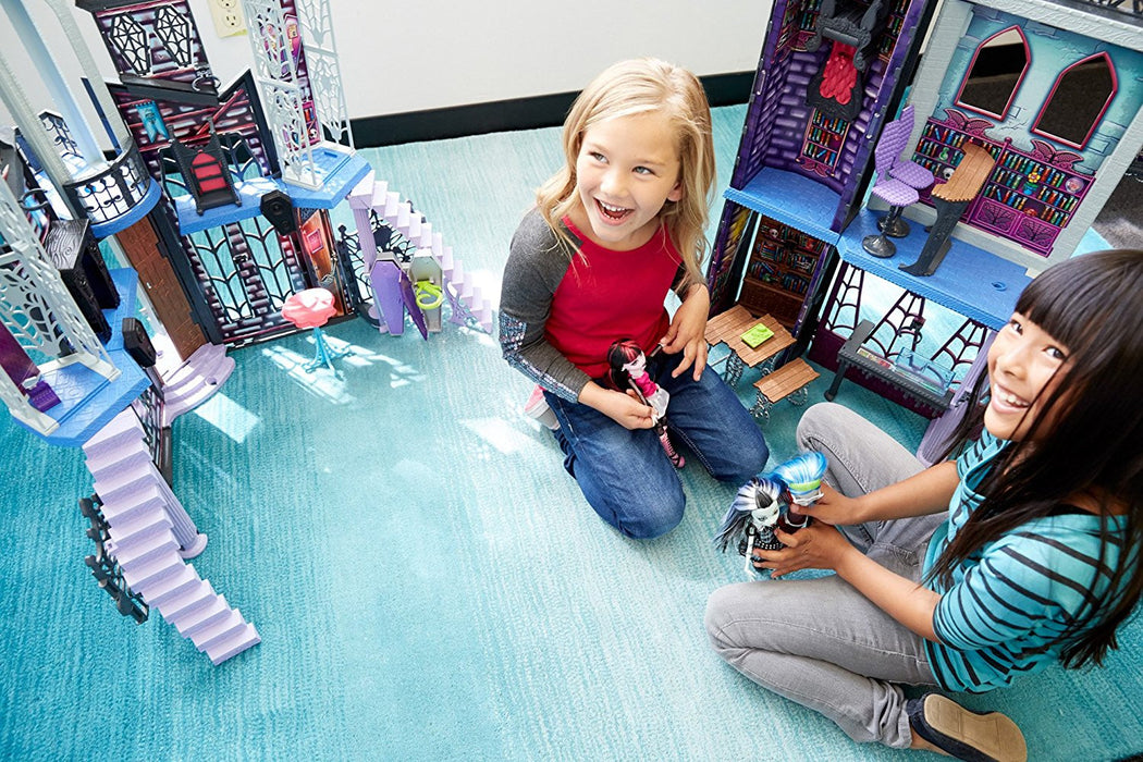Monster High Deadluxe High School Play Set