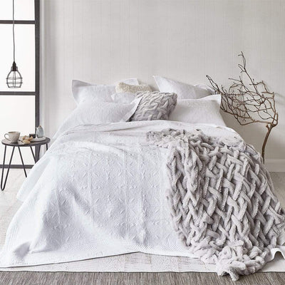 FLORENCE WHITE COVERLET SET - MyHouse