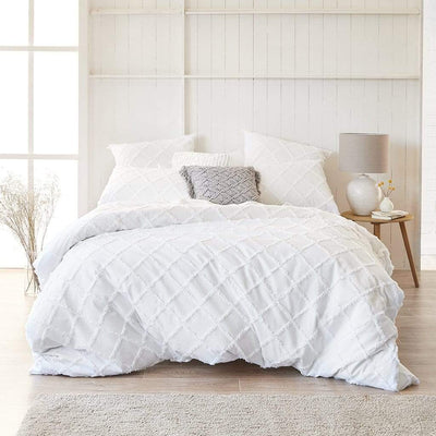 KELSEY WHITE QUILT COVER SET - MyHouse