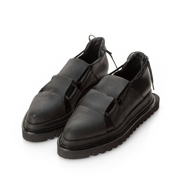 Metamorphose black shoes