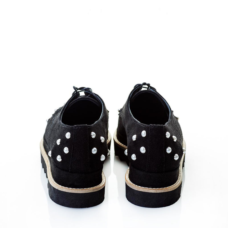 Sweet Pearls suede shoes