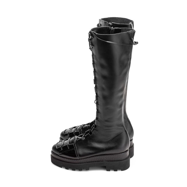 Urban Touch Black Boots