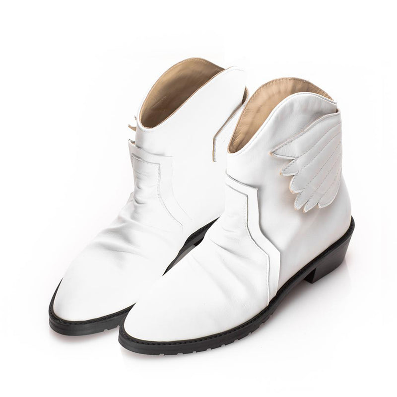 Wing Hug Pointed Booties
