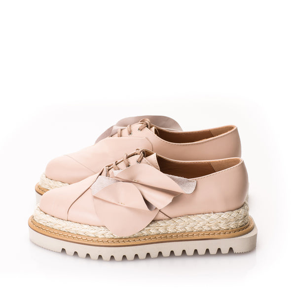 Tulips soft pink leather flat platform