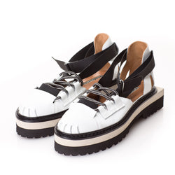 B&W Frame flat shoes